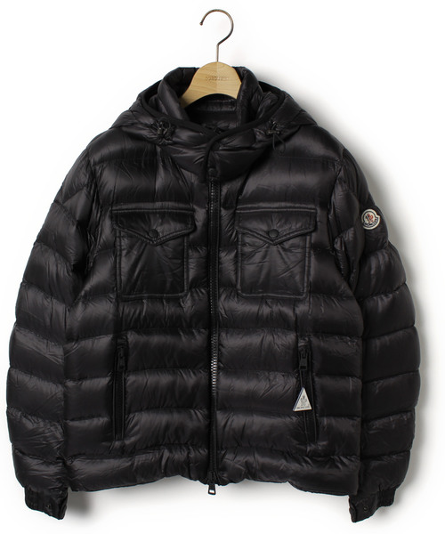 0fbad7322 MONCLER